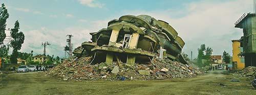 Zerstörtes Haus in Yüksekova nach der türkischen Militäroperation, Juni 2016.