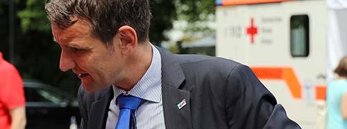 Björn Höcke im Gespräch am Tag der offenen Tür im Thüringer Landtag am 13.