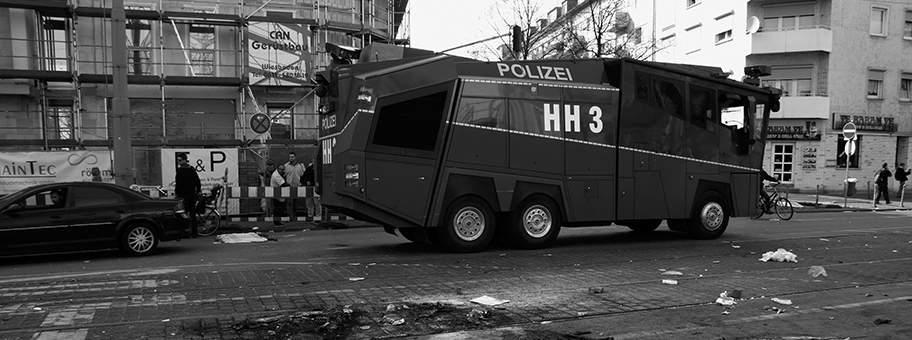 Polizeieinsatz an der BlockupyDemonstration in FrankfurtMain am 18.