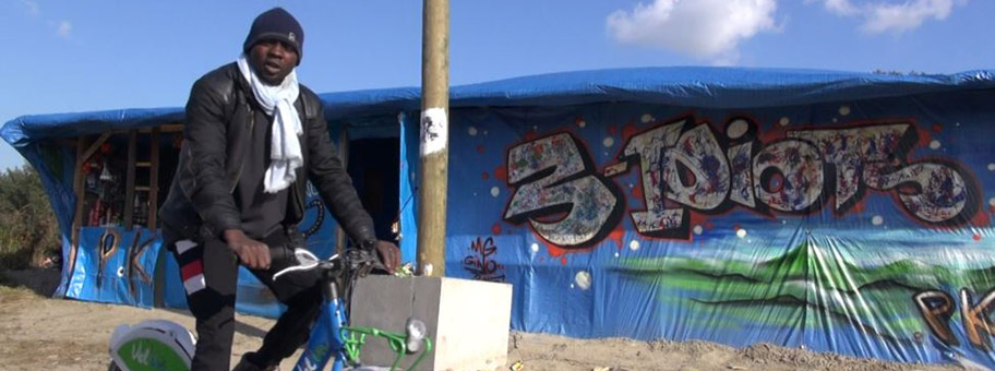 The Jungle is Our HouseMigrant in Calais, Oktober 2015.