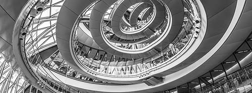 Spiralförmige Treppe in der City of Hall von London.