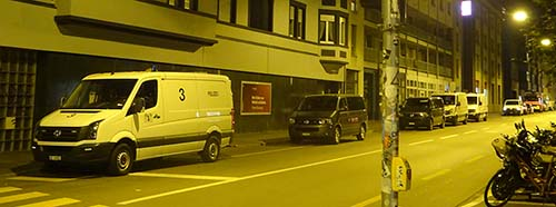 Räumung der besetzten Liegenschaft an der Elsässerstrasse 128132 mit einem Grossaufgebot der Polizei in Basel.
