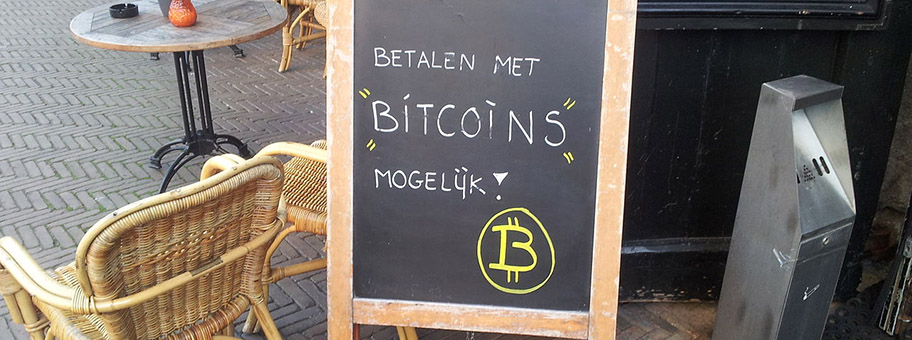 Bezahlen mit Bitcoins, DelftHolland, April 2013.