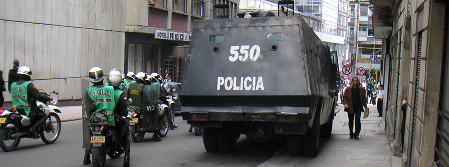 Polizeieinsatz bei einer Demonstration in Bogotá.