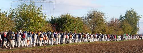 Demonstration von Ende Gelände vom Protestcamp südlich von Düren nach Morschenich.