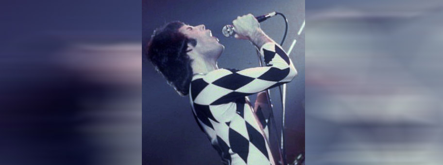 Freddie Mercury in New Haven, November 1977.
