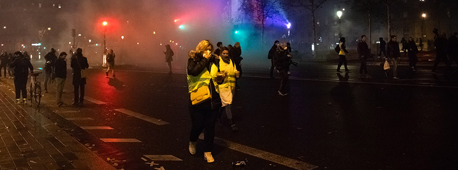 Gilets jaunes acte 4, Place de la République in Paris.