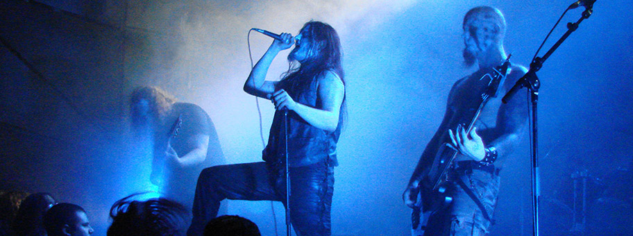 Die finnische Black Metal Band Horna live in Paris.