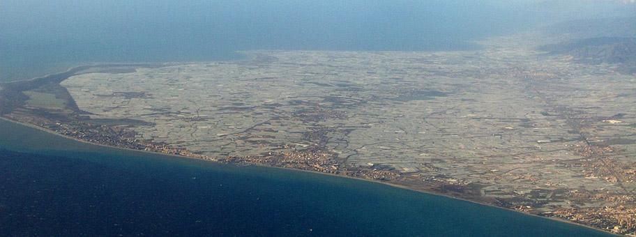 Das Plastikmeer von Almeria.