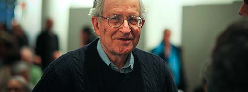 Noam Chomsky am 1.