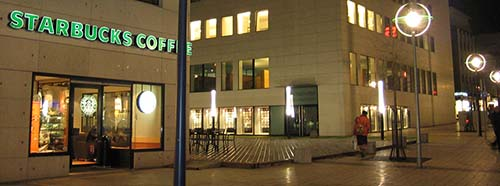 Starbucks Filiale in Dortmund.