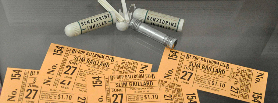 Slim GaillardTickets und BenzedrinRequisiten aus dem Film «On the Road – Unterwegs».