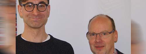 Autor Tijan Sila und Verleger Ulrich Wellhöfer (rechts).