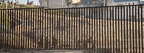 Grenze zwischen Mexiko und den USA südlich von San Diego.