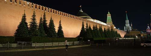Kreml bei Nacht, Juni 2019.